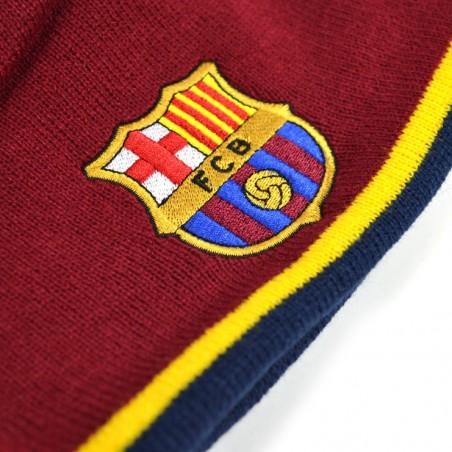 Zimná čiapka FC Barcelona  detail výšivky