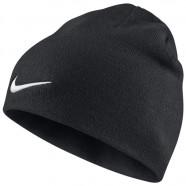 Zimní čepice Nike černá