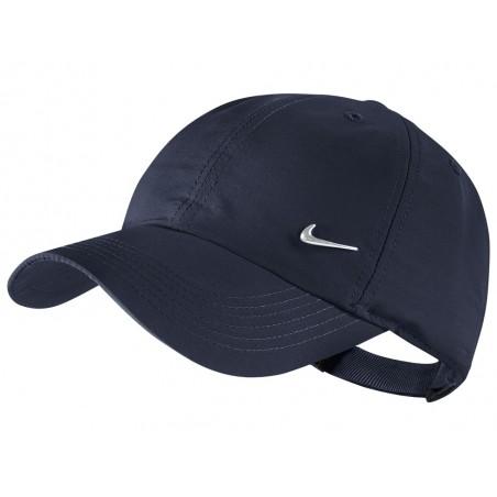 Šiltovka Nike Metal Swoosh tmavo modrá