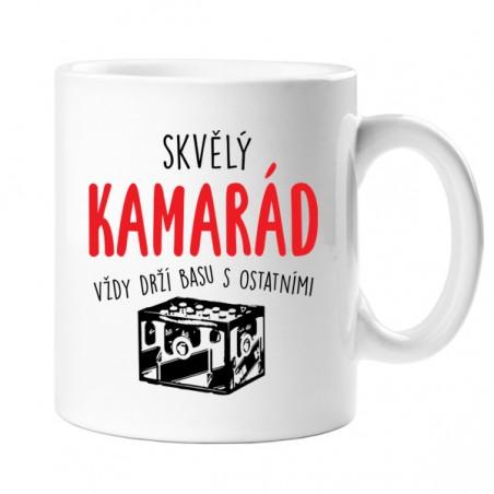 Hrnek Kamarád drží basu